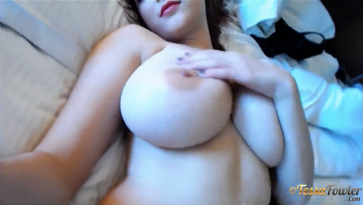 Tessa Fowler, Self Shot Busty in Vegas